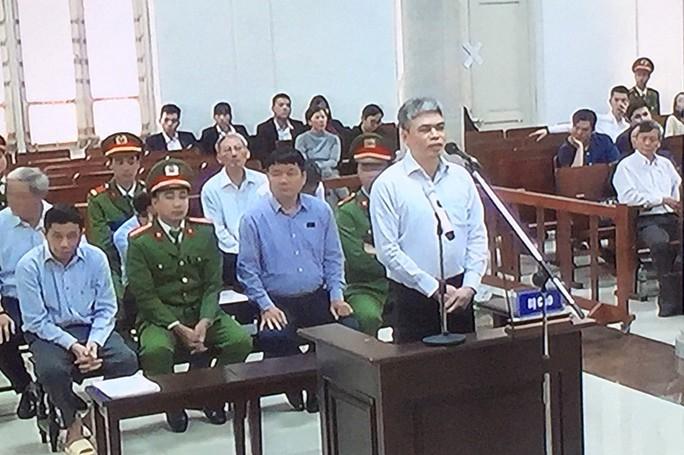 Phải chịu án tử, bị cáo Nguyễn Xuân Sơn mong Ninh Văn Quỳnh hiểu cho em - Ảnh 2.