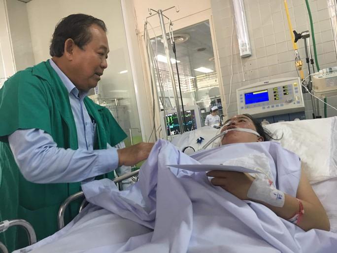 Phó Thủ tướng Trương Hòa Bình: Khẩn trương làm rõ vụ cháy chung cư Carina - Ảnh 4.