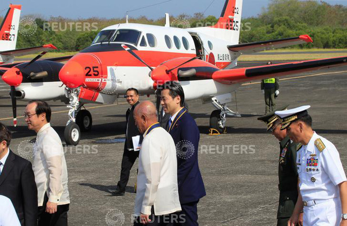 Philippines dùng máy bay Nhật Bản tuần tra bãi cạn Scarborough - Ảnh 1.