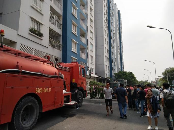 Khởi tố vụ án hình sự vụ cháy chung cư Carina - Ảnh 1.