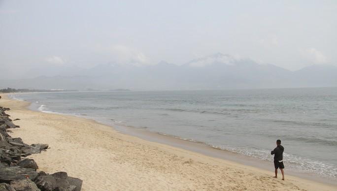 Biển Đà Nẵng không còn hiện tượng đổi màu sẫm, bốc mùi hôi - Ảnh 3.