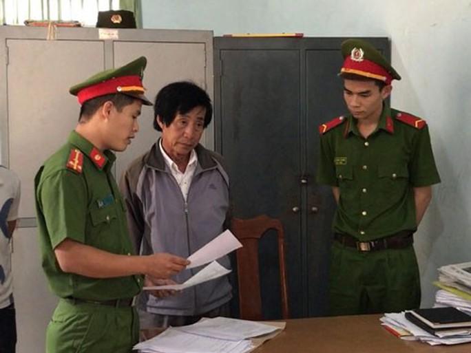 Lộ đường dây chạy chỗ dạy học ở Đắk Lắk - Ảnh 1.