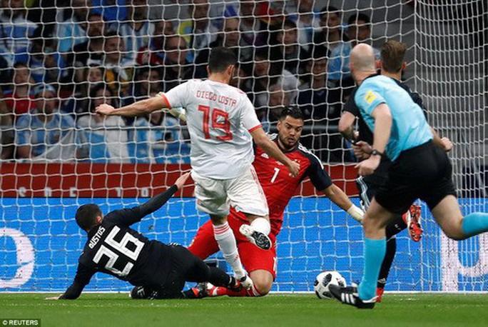Vắng sao Messi, Argentina thảm bại dưới tay Tây Ban Nha - Ảnh 1.