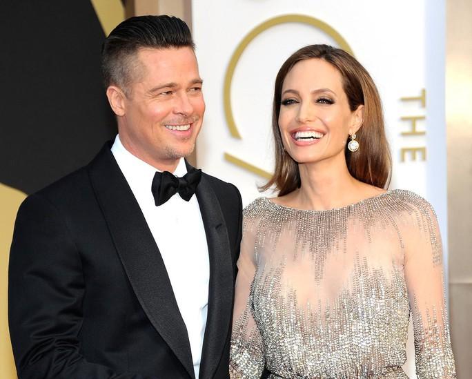 Angelina Jolie bác tin hẹn hò người tình mới - Ảnh 2.