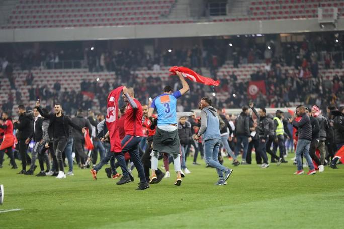 Thắng giao hữu, fan Tunisia ăn mừng như thể vô địch - Ảnh 8.