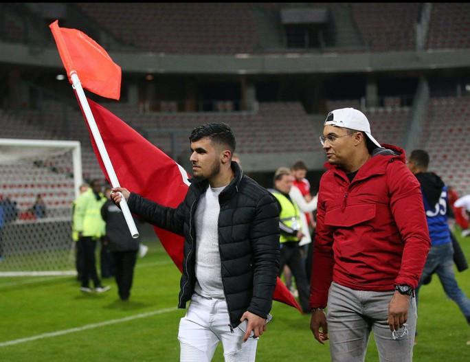 Thắng giao hữu, fan Tunisia ăn mừng như thể vô địch - Ảnh 6.