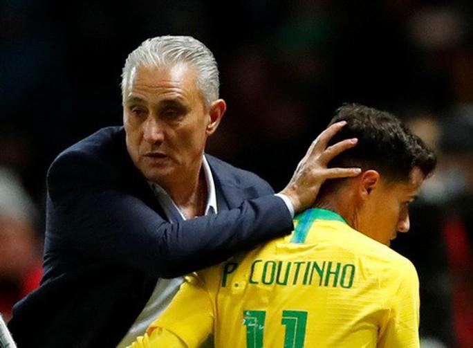 Sao trẻ lập công, Brazil đòi nợ nhà vô địch World Cup - Ảnh 4.