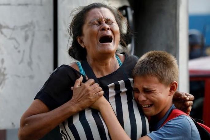 Bạo động ở Venezuela, 68 người thiệt mạng - Ảnh 5.