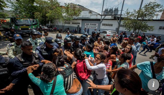 Bạo động ở Venezuela, 68 người thiệt mạng - Ảnh 2.