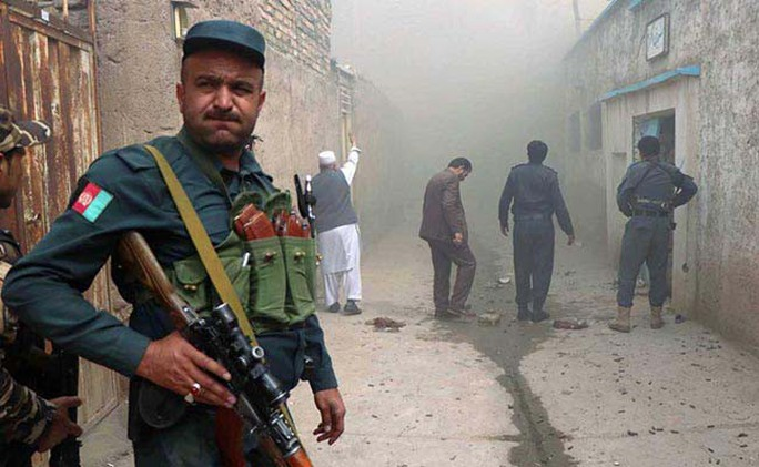 Mỹ - Pakistan: Ôm không được, bỏ không xong - Ảnh 1.