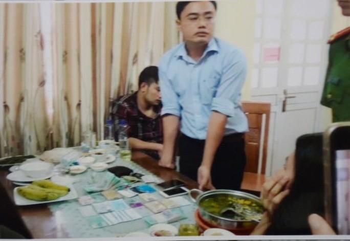 Cựu nhà báo Lê Duy Phong thay đổi lời khai với lý do bị mớm cung, ép cung - Ảnh 1.