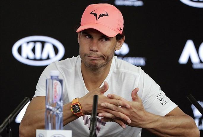 Rafael Nadal rút lui khỏi hai giải lớn vì chấn thương - Ảnh 1.