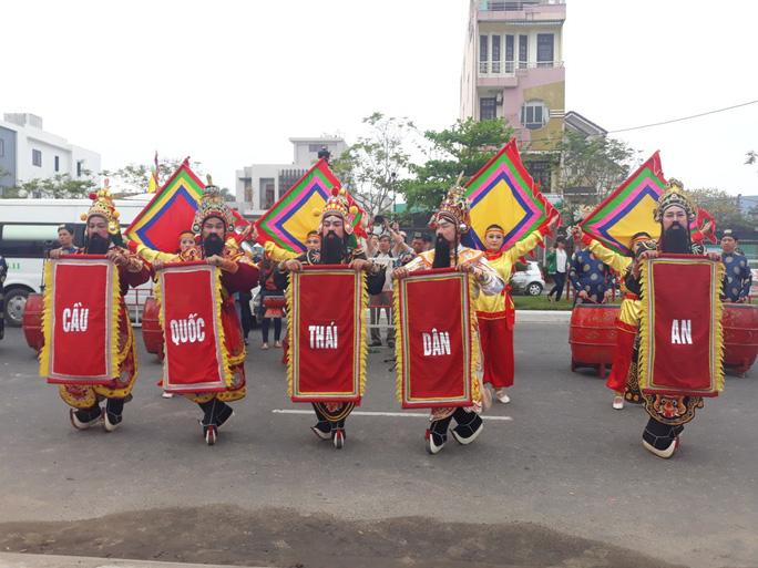 Độc đáo lễ hội cầu ngư đầu năm của ngư dân Đà Nẵng - Ảnh 8.
