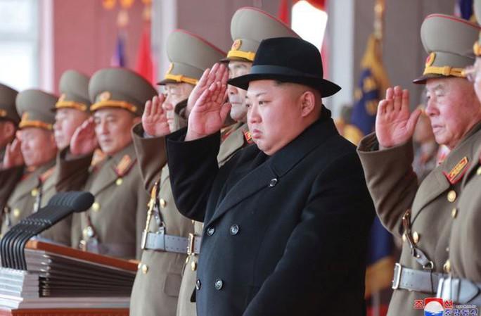 Trung Quốc ngáng đường Mỹ trừng phạt Triều Tiên - Ảnh 1.