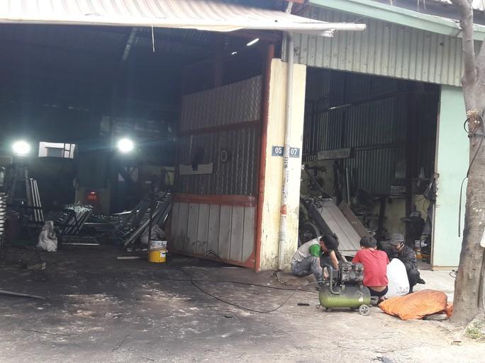 Đà Nẵng: Cơ sở sản xuất gây ô nhiễm tiếp tục thách thức chính quyền - Ảnh 1.