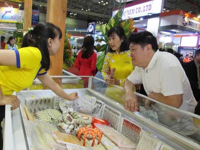 Bỏ lối nghĩ Trung Quốc là thị trường dễ tính! - Ảnh 1.
