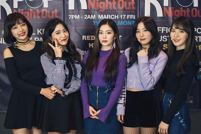 """Lạ lùng Triều Tiên """"trải thảm đỏ"""" mời nghệ sĩ Hàn Quốc biểu diễn - Ảnh 3."""