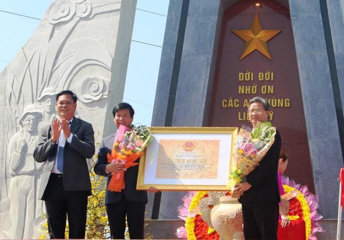 Phú Yên đón nhận bằng di tích lịch sử quốc gia địa điểm Tổng tiến công xuân Mậu Thân - Ảnh 1.