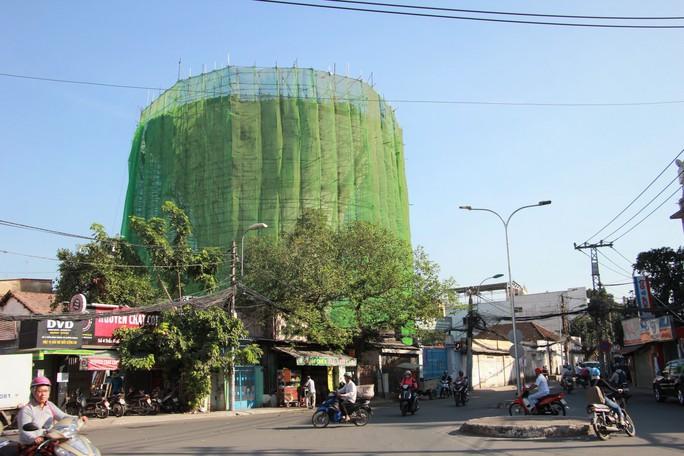 Nhìn lần cuối các thủy đài khủng sắp bị khai tử ở Sài Gòn - Ảnh 1.
