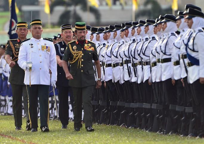 Trung Quốc tích cực tiếp cận Brunei - Ảnh 2.