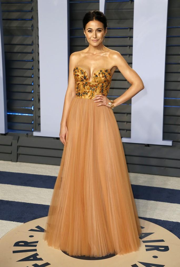 Dàn người đẹp khoe vòng một tại tiệc hậu Oscar - Ảnh 15.