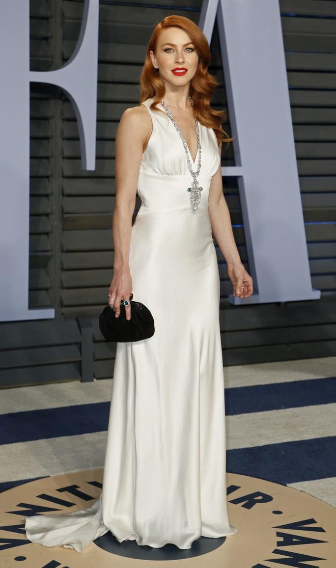 Dàn người đẹp khoe vòng một tại tiệc hậu Oscar - Ảnh 23.