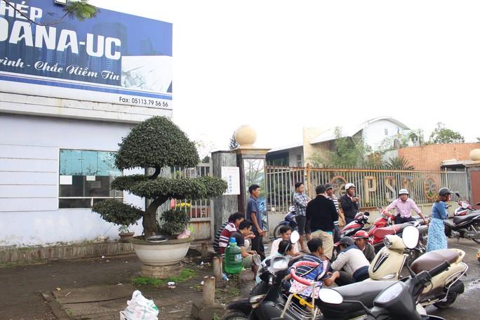 Đà Nẵng đóng cửa 2 nhà máy thép: Công nhân lao đao, chủ đầu tư điêu đứng - Ảnh 1.