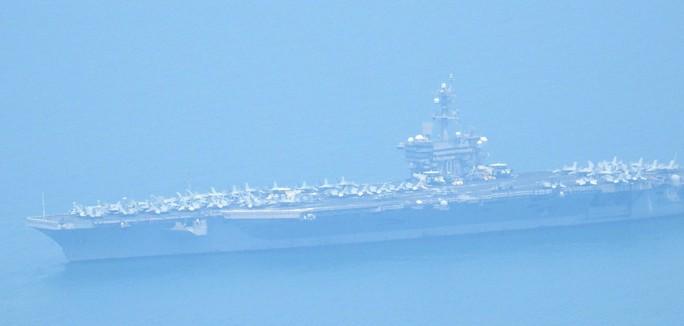 Tàu sân bay USS Carl Vinson đã vào vùng biển cảng Tiên Sa - Ảnh 3.