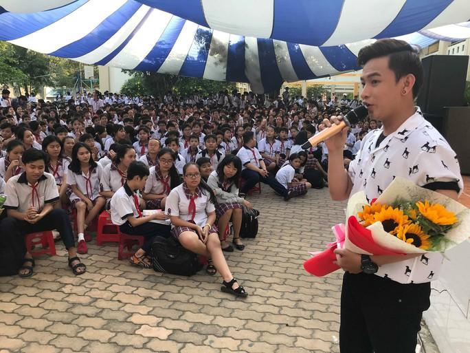 NSƯT Kim Tiểu Long đưa vọng cổ vào học đường - Ảnh 10.