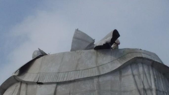 Diễn biến mới nhất vụ lén xây tượng Bà Chúa Xứ trên núi Sam - Ảnh 2.