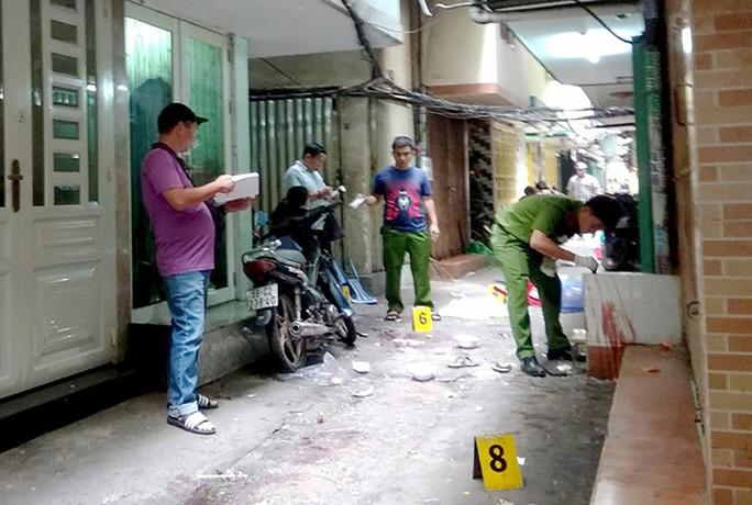 Sát hại một thanh niên ở trung tâm TP - Ảnh 1.