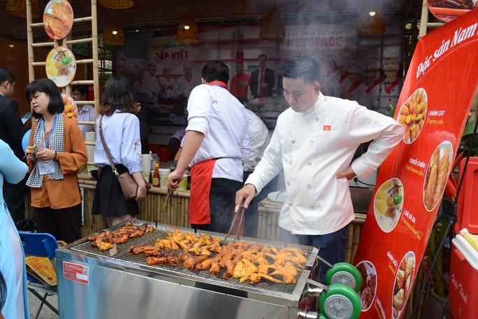 Ẩm thực truyền thống: Mơ Việt Nam thành bếp ăn thế giới! - Ảnh 1.