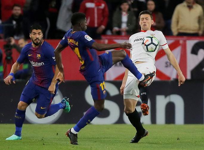 Siêu nhân Messi cứu thua phút 89, Barcelona thoát hiểm ở Sevilla - Ảnh 2.