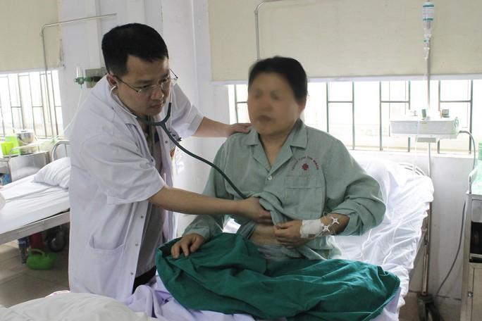 Cứu sống nữ du khách Trung Quốc bị nhồi máu cơ tim ở Việt Nam - Ảnh 1.