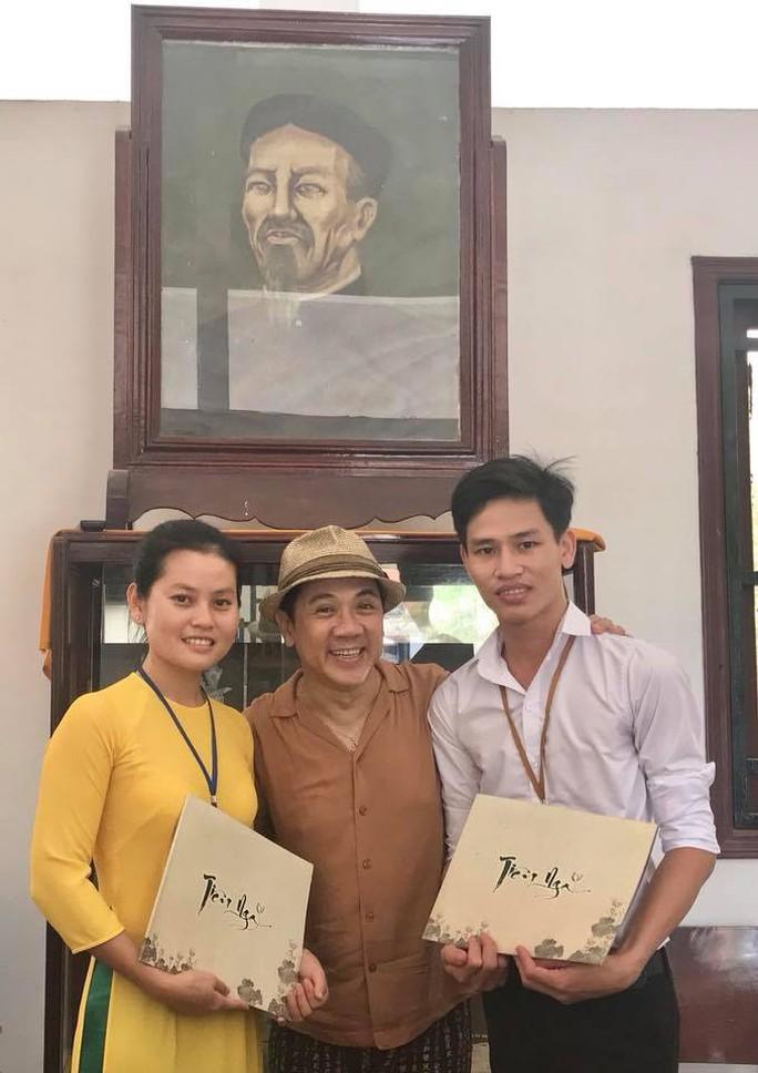 NSƯT Thành Lộc về Bến Tre tạ ơn cụ Nguyễn Đình Chiểu - Ảnh 4.