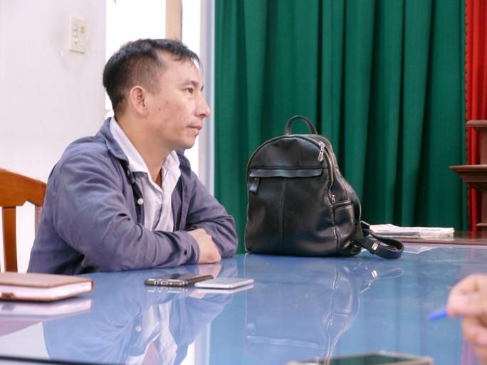 Bình Định: Xem xét khởi tố kẻ cầm dao dọa giết phóng viên - Ảnh 2.