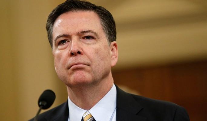 Cựu giám đốc FBI trút giận lên ông Trump - Ảnh 1.