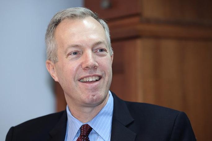 Cựu đại sứ Ted Osius từ chức để phản đối chính sách trục xuất người Việt - Ảnh 1.