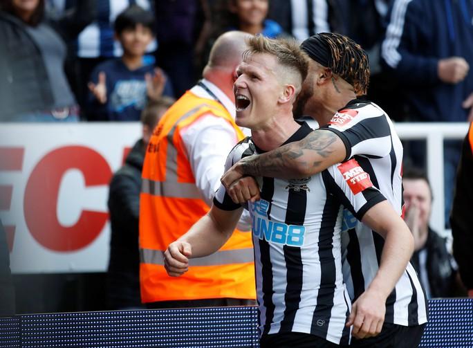 Newcastle lần đầu đánh bại Arsenal sau 8 năm - Ảnh 3.