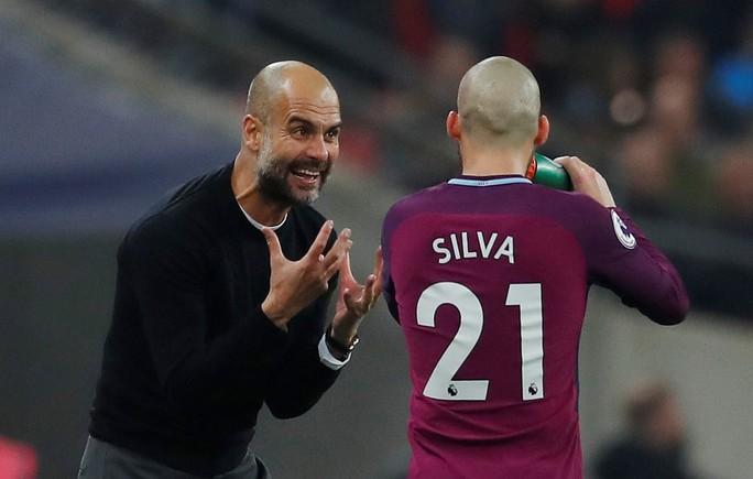 Guardiola đã đưa Man City lên tầm cao mới - Ảnh 1.