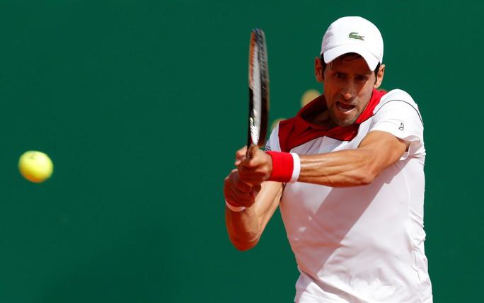 Djokovic khởi đầu thuận lợi, Nadal khiêu khích Federer - Ảnh 2.