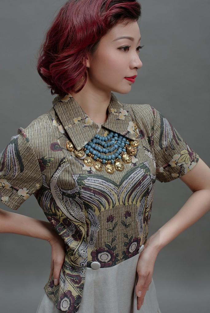 Vũ điệu tranh Đông Hồ trên thời trang - Ảnh 8.