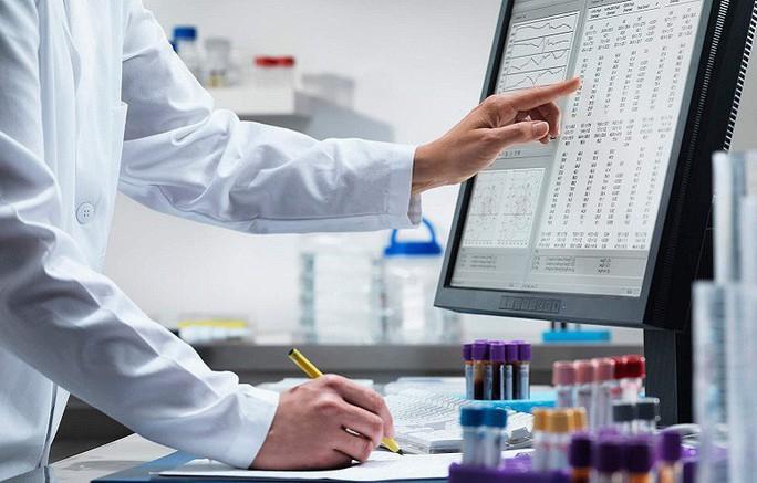 Lần đầu tiên phát hiện ung thư bằng xét nghiệm nước tiểu - Ảnh 1.