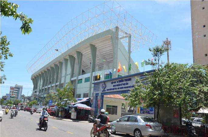Vụ 2 cựu chủ tịch Đà Nẵng bị khởi tố: Sân vận động Chi Lăng bị xẻ thịt ra sao? - Ảnh 2.