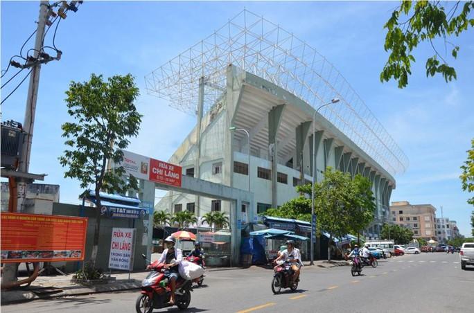Vụ 2 cựu chủ tịch Đà Nẵng bị khởi tố: Sân vận động Chi Lăng bị xẻ thịt ra sao? - Ảnh 3.