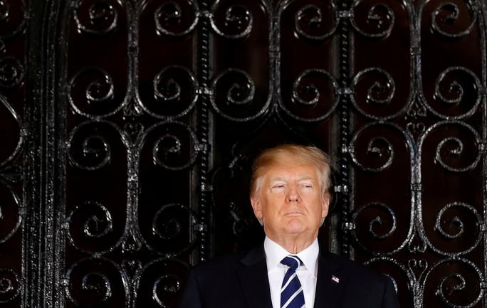 Sau khi gặp ông Abe, ông Trump bất ngờ dội gáo nước lạnh vào TPP - Ảnh 1.