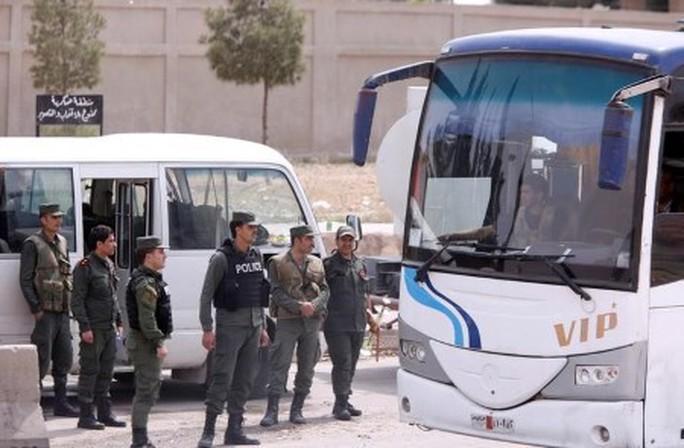"""Syria: Tổng thống Assad quyết """"đuổi cùng giết tận"""" - Ảnh 2."""