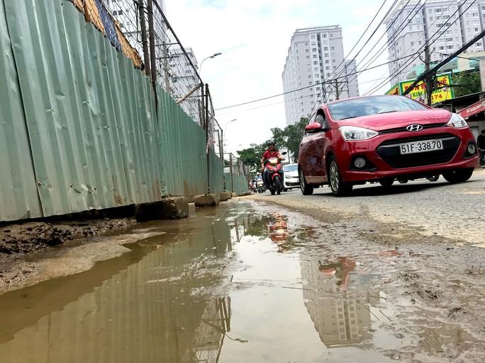Cấm xe vào đường Nguyễn Huệ đêm 30-4 - Ảnh 2.