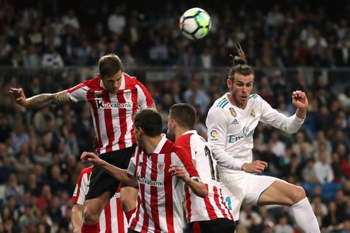 Cú đánh gót bạc tỉ, Ronaldo cứu giá Real Madrid sân nhà - Ảnh 5.