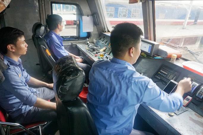 Bộ Y tế đang điều chỉnh tiêu chuẩn sức khoẻ nghề lái tàu - Ảnh 1.